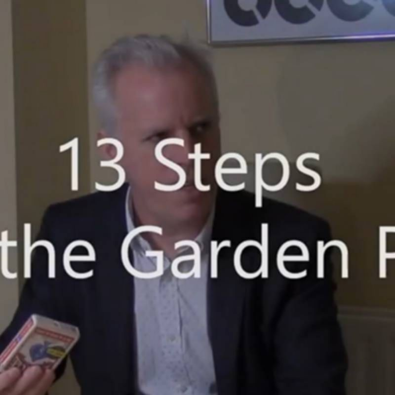 13 Steps up the Garden Path by Brian Lewis video DESCARGA