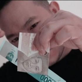 Descargas de Magia con dinero Translucent by Robby Constantine video DESCARGA MMSMEDIA - 1