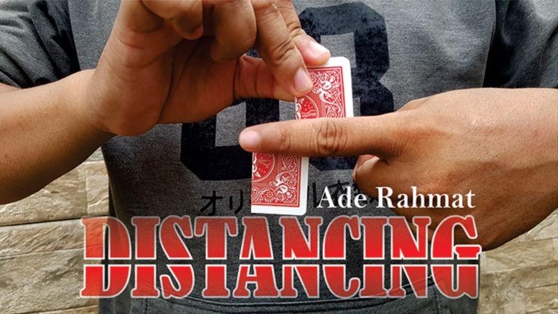 Descarga Magia con Cartas DISTANCING by Ade Rahmat video DESCARGA MMSMEDIA - 1